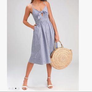 NWT Lulu's Blue stripe knot summer midi dress
